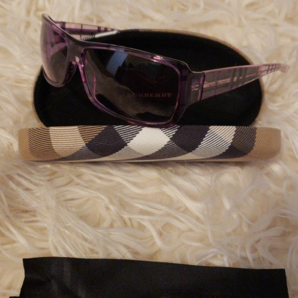 d92342c4ce Burberry Accessories - Burberry sunglasses